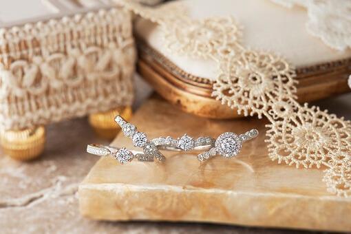 成田婚約指輪
